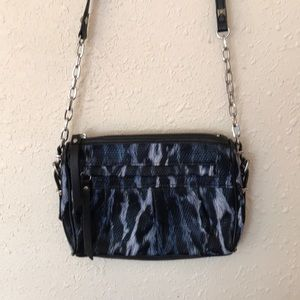 Simply Vera Wang Cross body Purse